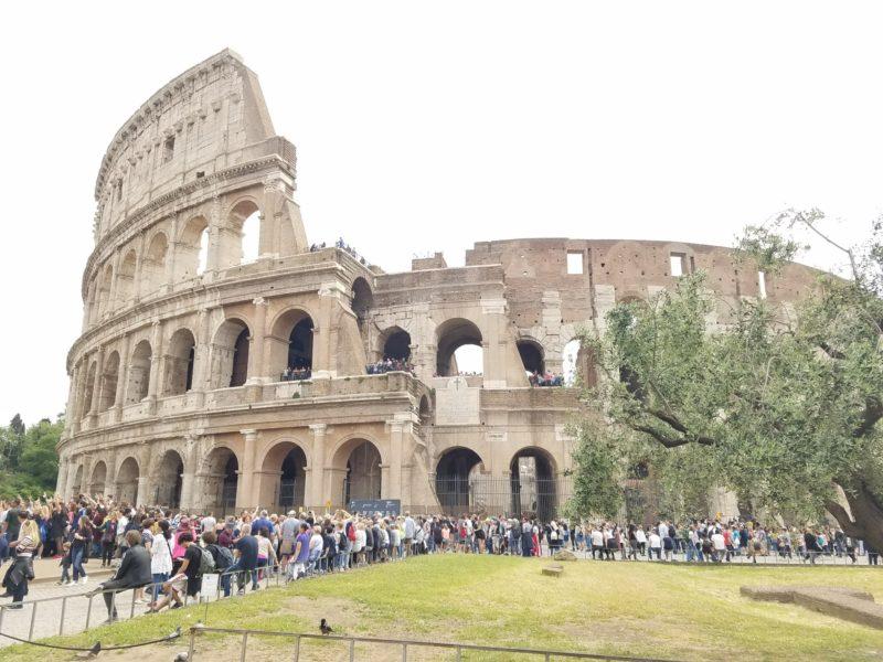 【MSCファンタジア旅行記】02.7時間の乗り継ぎでミシュランの味を堪能!ローマでの前泊と、チビタベッキアへの最適アクセス