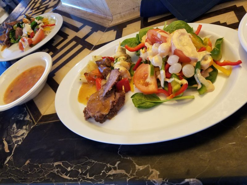 【MSCファンタジア旅行記】07.ビュッフェレストランは、グルメ天国!地中海を臨みながらの食事