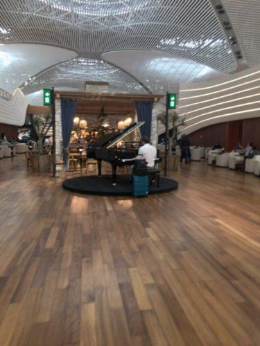 イスタンブール新空港のターキッシュエアラインズラウンジ訪問