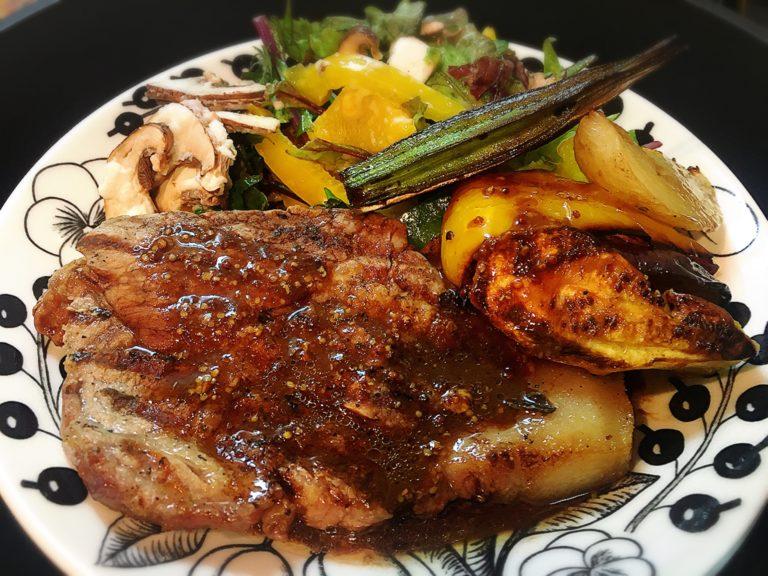 アズーリ神楽坂の豚肉